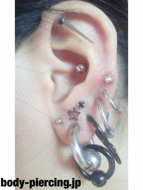 m-yさんの左耳のボディピアス写真